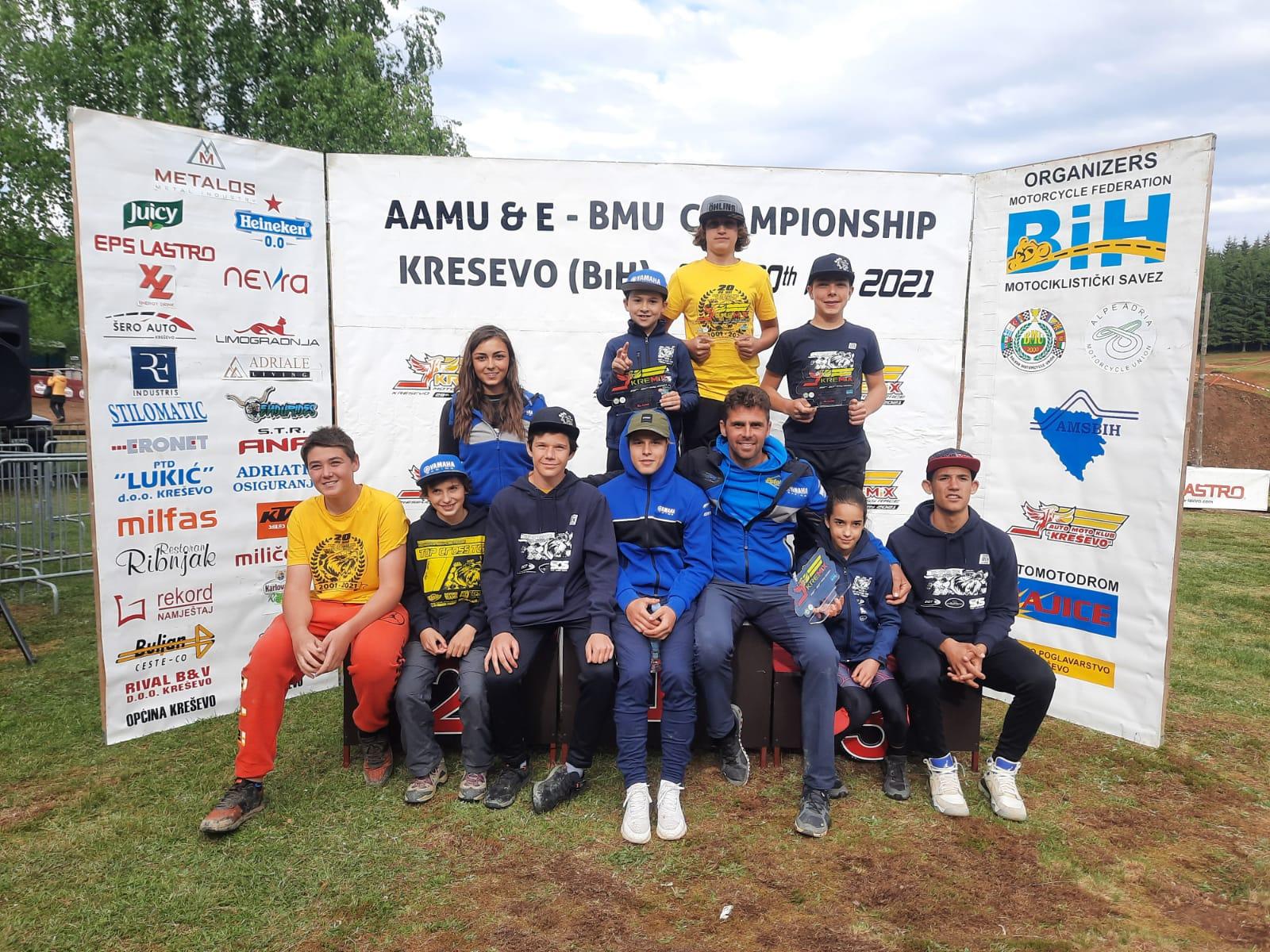4 piloți ai echipei Top Cross TCS Racing Team au urcat pe podium în etapa de la Kresevo în Bosnia și Herțegovina